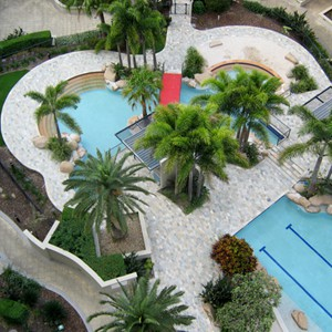 Property Overview Paved with Natural Blend Quartzite Pool Tiles