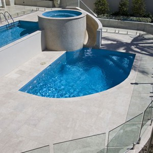 Travertine Linen Honed Filled Pool Coping and Tiles