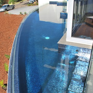 Fully tiled pool with GC102 Charcoal Pearl